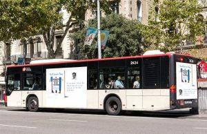 Anuncio de Ana y su perro en Autobús de Madrid